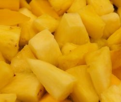 pineapple-chunks-1375872_960_720